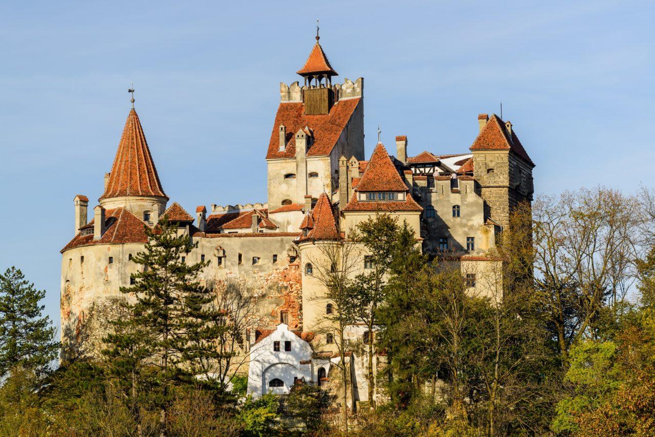 dracula-tours-romania-bran-castle